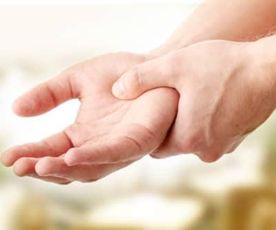 stanchezza perdita di peso dolore alle dita